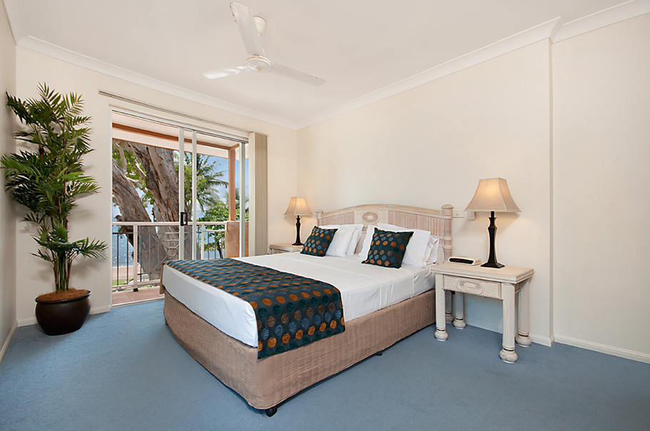 Palm cove 1 bedroom holiday apartments alassio palm cove - 1 bedroom apartments west palm beach ...
